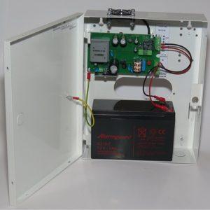 Makrai kapcsoló üzemű CCTV kamera tápegység, szünetmentes üzemmód, 6A, 10 kimenet, akkumulátorhely (12V/7Ah