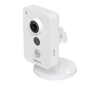 Dahua IPC-K35A beltéri Cube kamera, 3MP, ( 2048 X 1536 ) Felbontás, Fix 2,8mm-es Lencse, SD, PoE, Audio, PIR